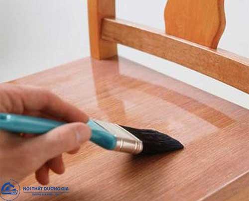 Cách sơn đồ gỗ làm mới nội thất tại nhà
