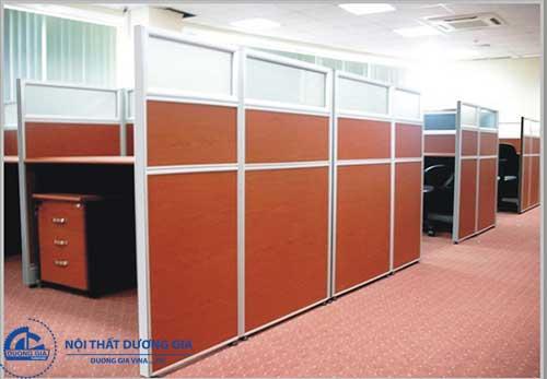 Mua vách ngăn văn phòng bằng gỗ giá rẻ ở đâu uy tín?