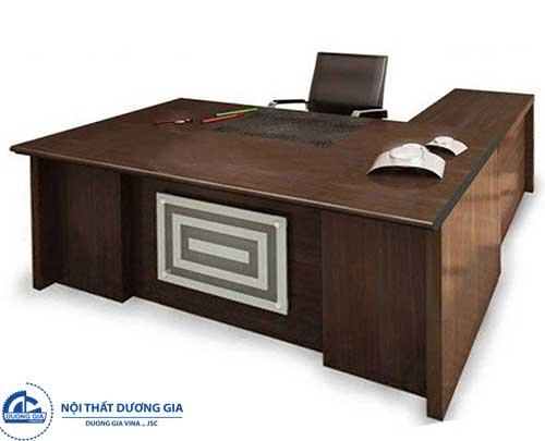... nhưng các mẫu bàn giám đốc thanh lý, cũ thường có chất lượng kém