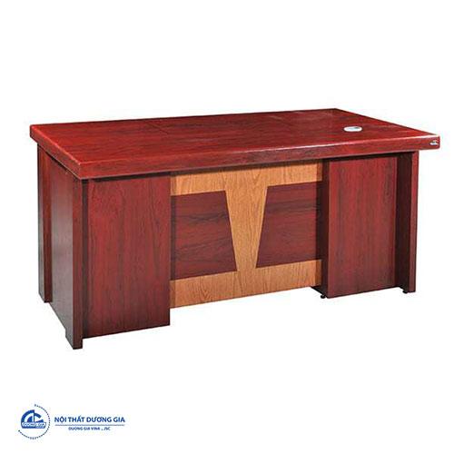 Mẫu bàn làm việc của Giám đốc hiện đại, giá rẻ ET1600F