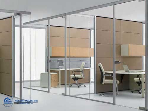 Mẫu vách ngăn văn phòng đẹp tạo nên sự sang trọng, thẩm mỹ