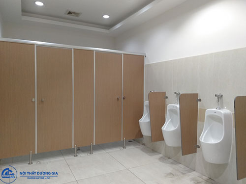 Lựa chọn chất liệu phù hợp khi thi công vách nhà vệ sinh