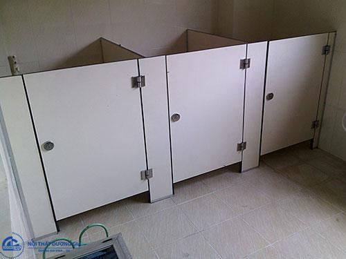 Chọn chất liệu vách ngăn vệ sinh phù hợp