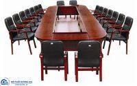 Những yếu tố nào ảnh hưởng tới báo giá bàn họp dành cho 20 người?