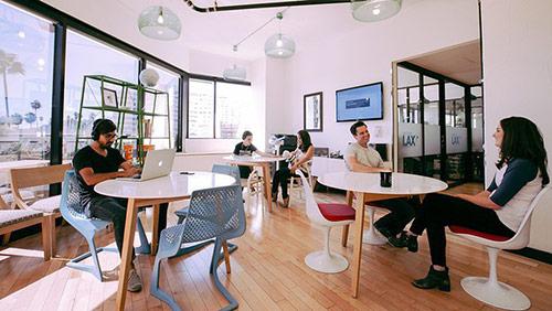 Thiết kế văn phòng startup phù hợp với nguồn tài chính của đơn vị