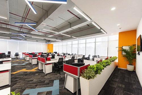 Những yếu tố tác động tới bảng giá bàn văn phòng có vách ngăn