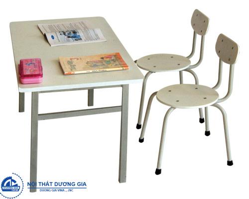 Chọn kích thước bàn học theo phong thủy giúp các em phát triển tốt nhất