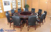 Mua bộ bàn ghế phòng họp ở đâu giá rẻ, yên tâm nhất hiện nay?