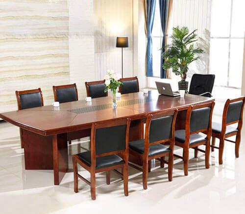 Những ưu điểm khi sử dụng bàn ghế phòng họp bằng gỗ