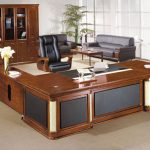 Mua bàn gỗ Giám đốc thiết kế theo yêu cầu ở đâu yên tâm nhất?